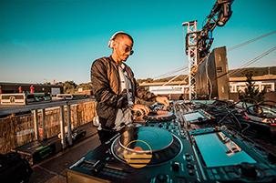 7-MESAS-PARA-DJ