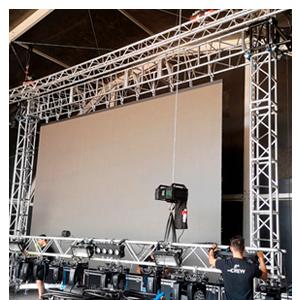 Torres para la elevación de pantallas de LED
